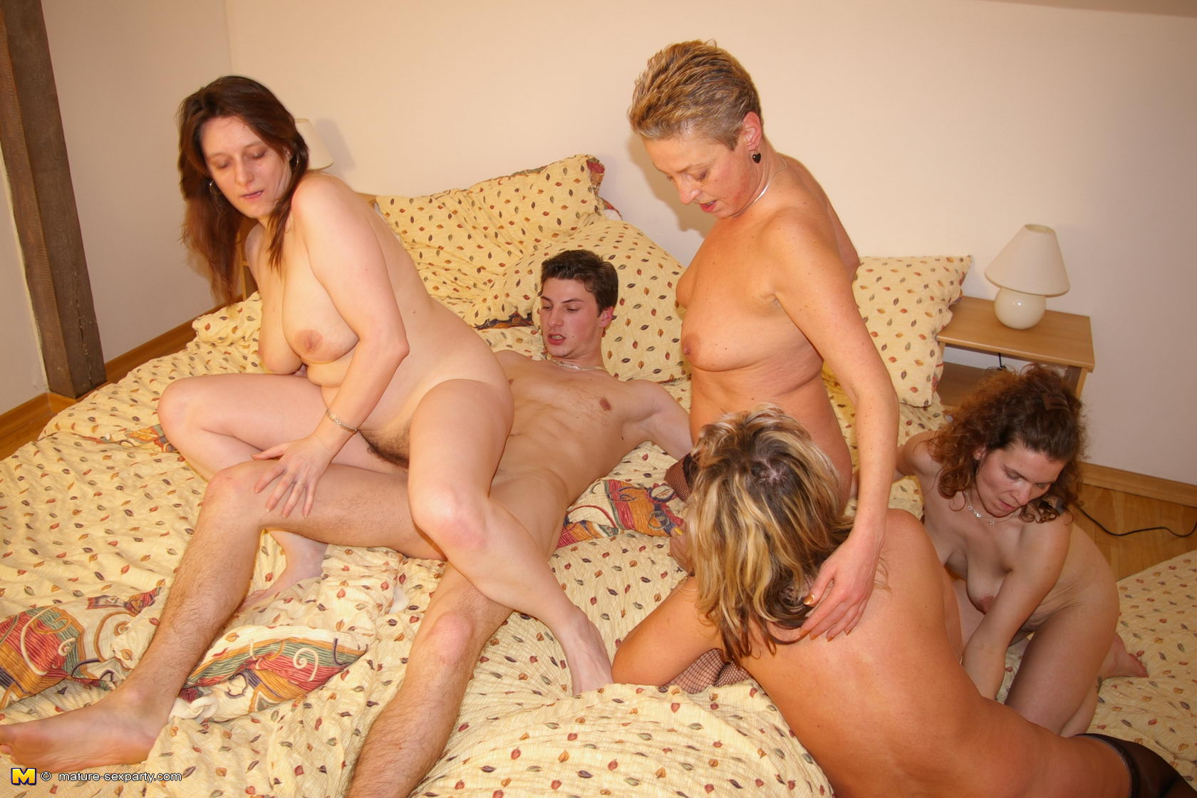 Women party porn