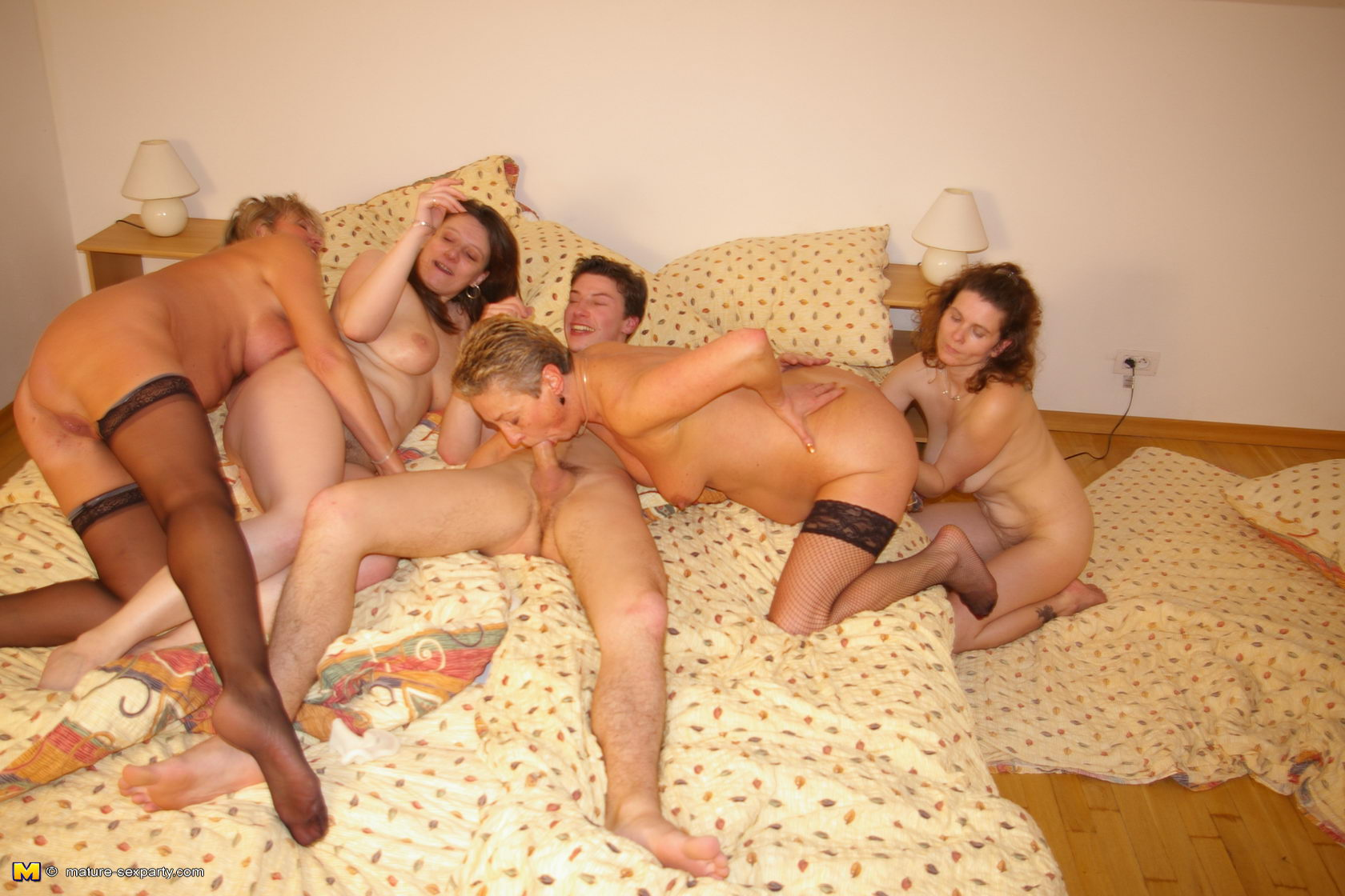 period of women party porno