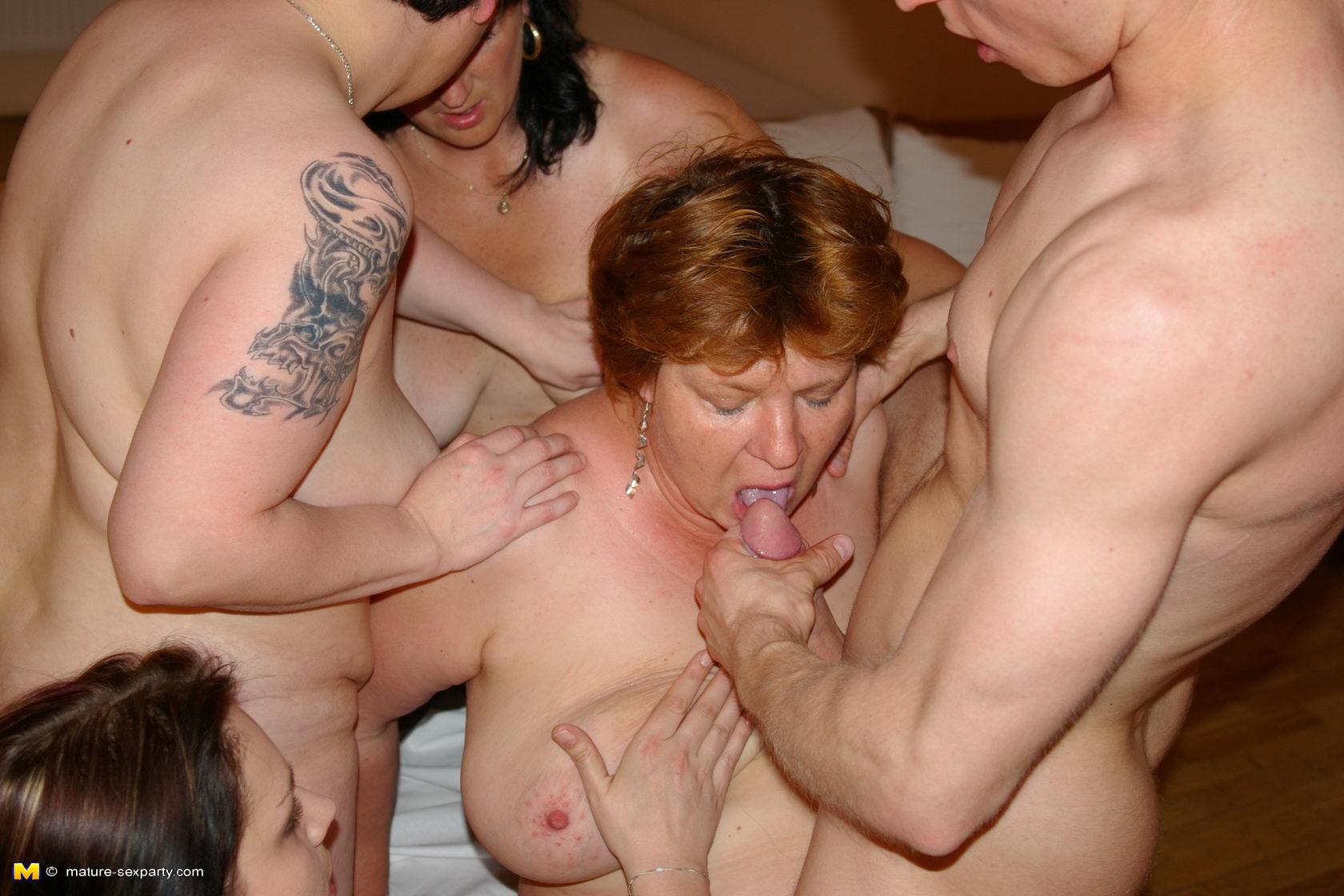 Смотреть порна инцест бесплатно 4 фотография
