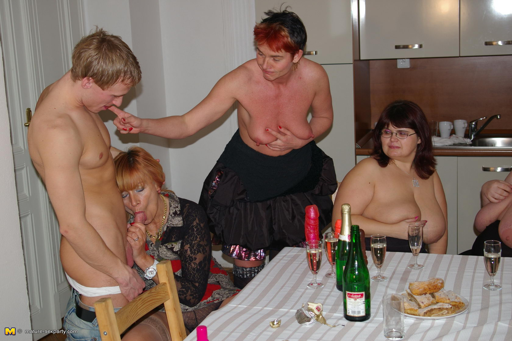 Фото зрелых свинг, Русские зрелые свингерыфото групповух 2 фотография