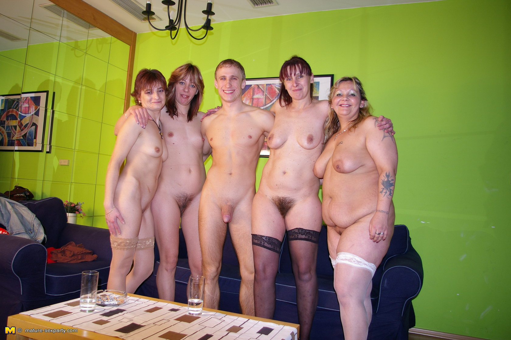 Тети самки порно 9 фотография