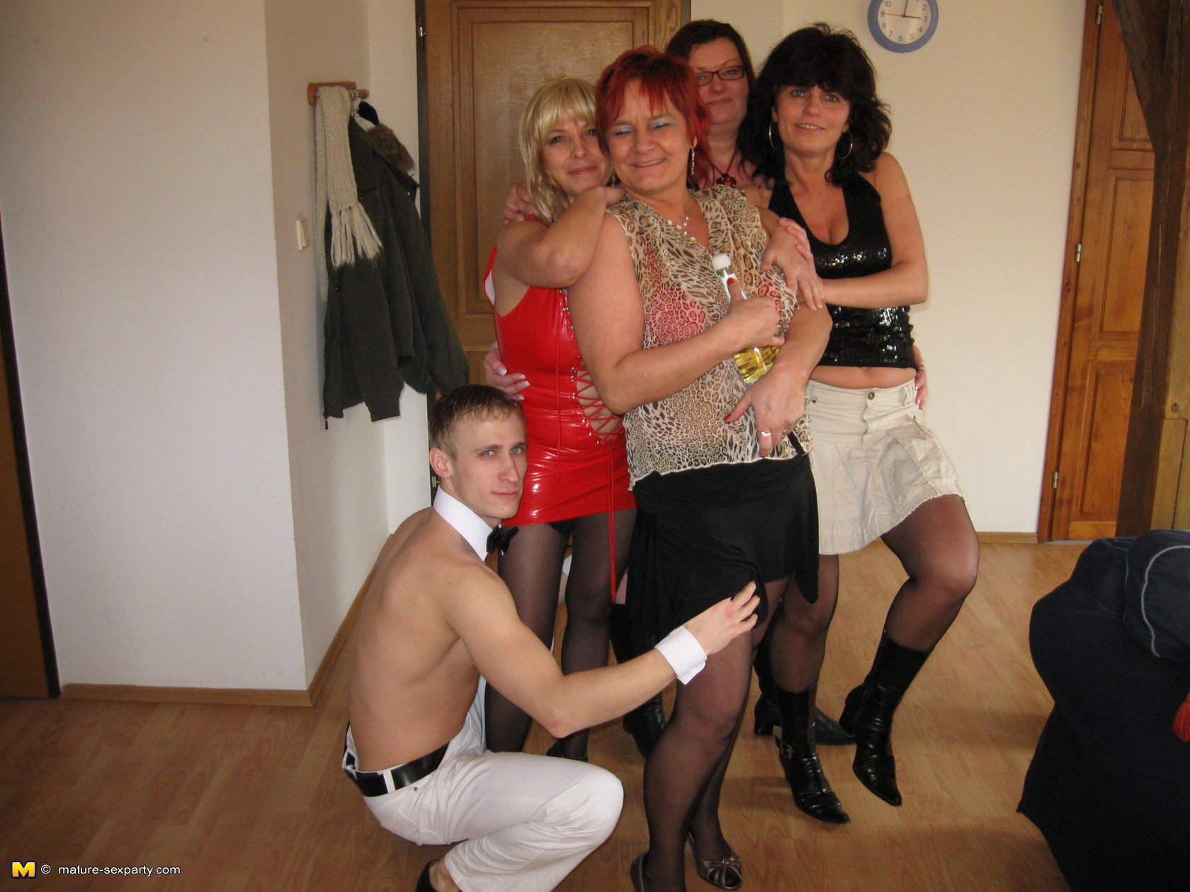 mature-group-party-sex
