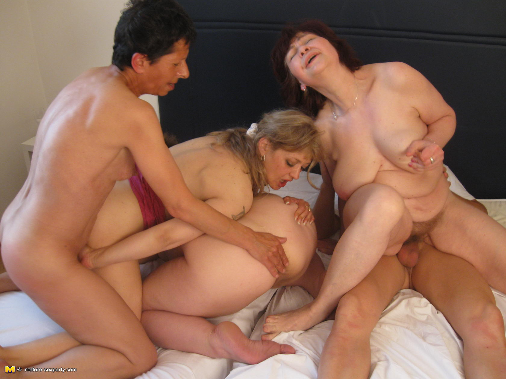 Секс с полными бабулями 1 фотография