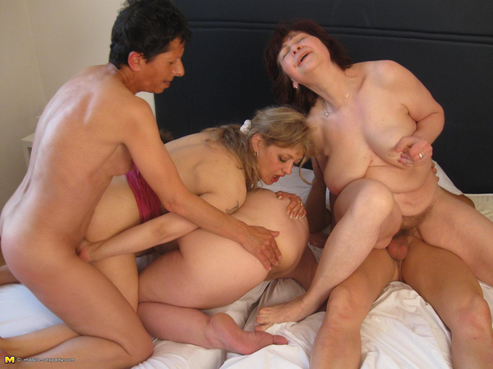 Секс с 80 бабушкой 11 фотография