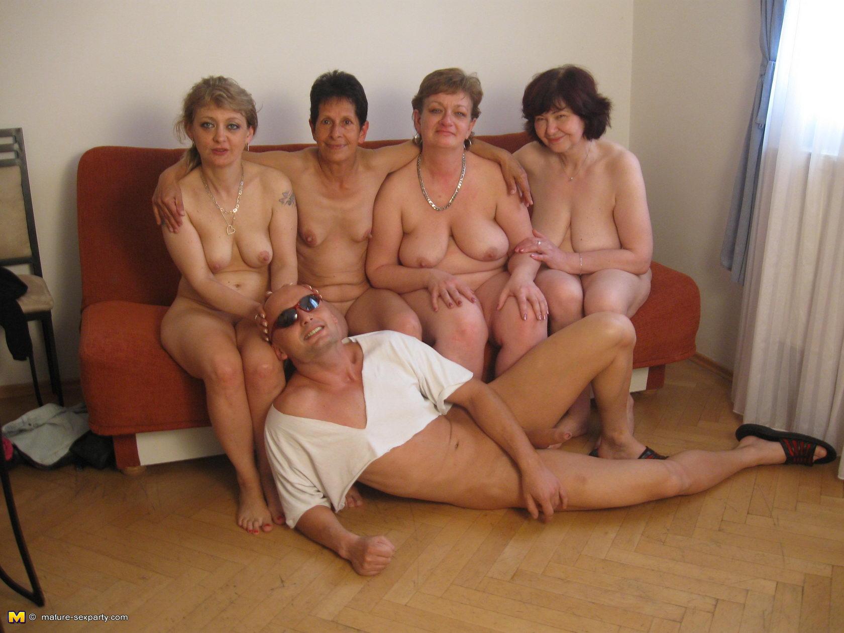 Русское домашнее со старухами 17 фотография