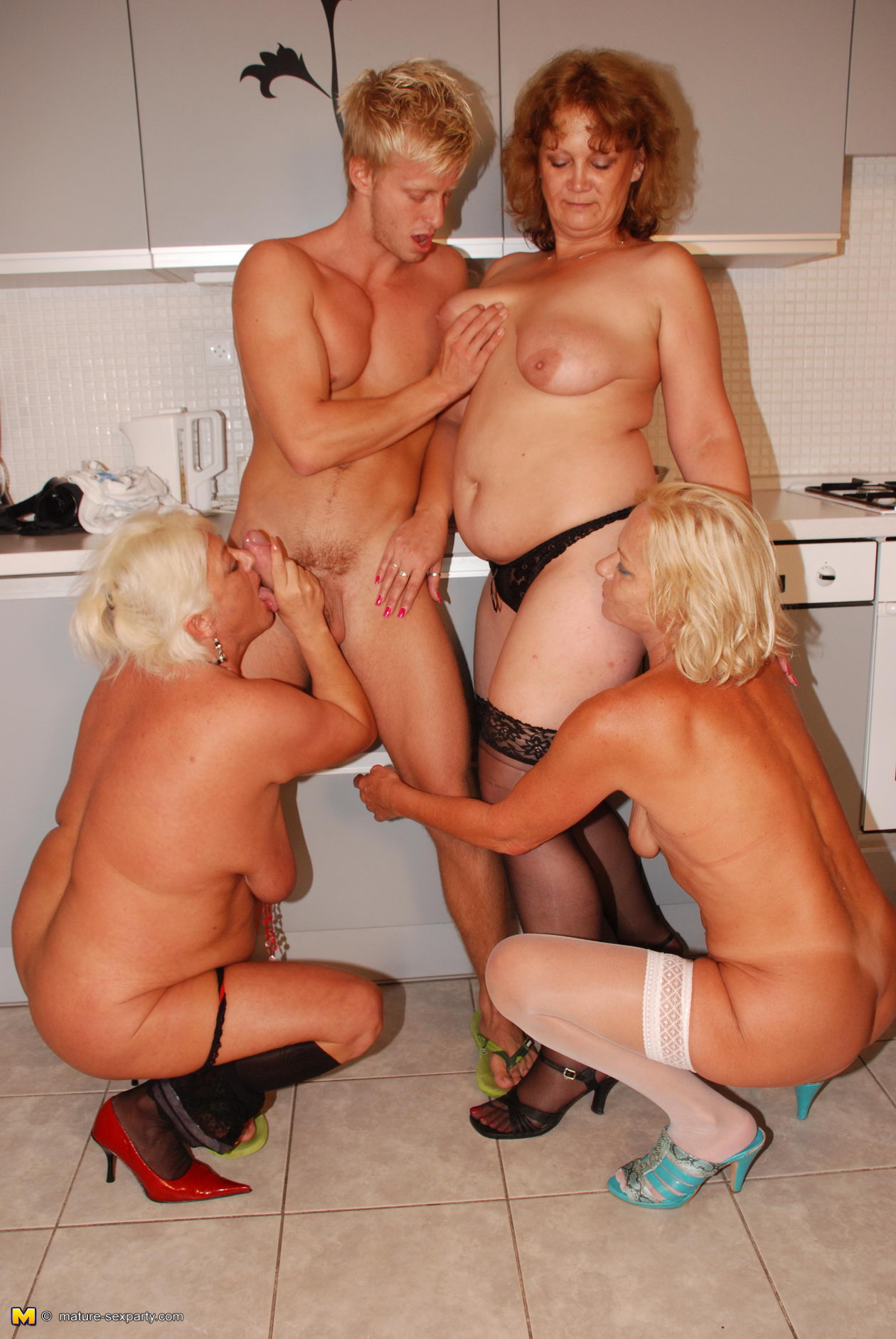 Agree with Group mature nude grannies think, that