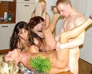This dude loves to be at a mature sexparty