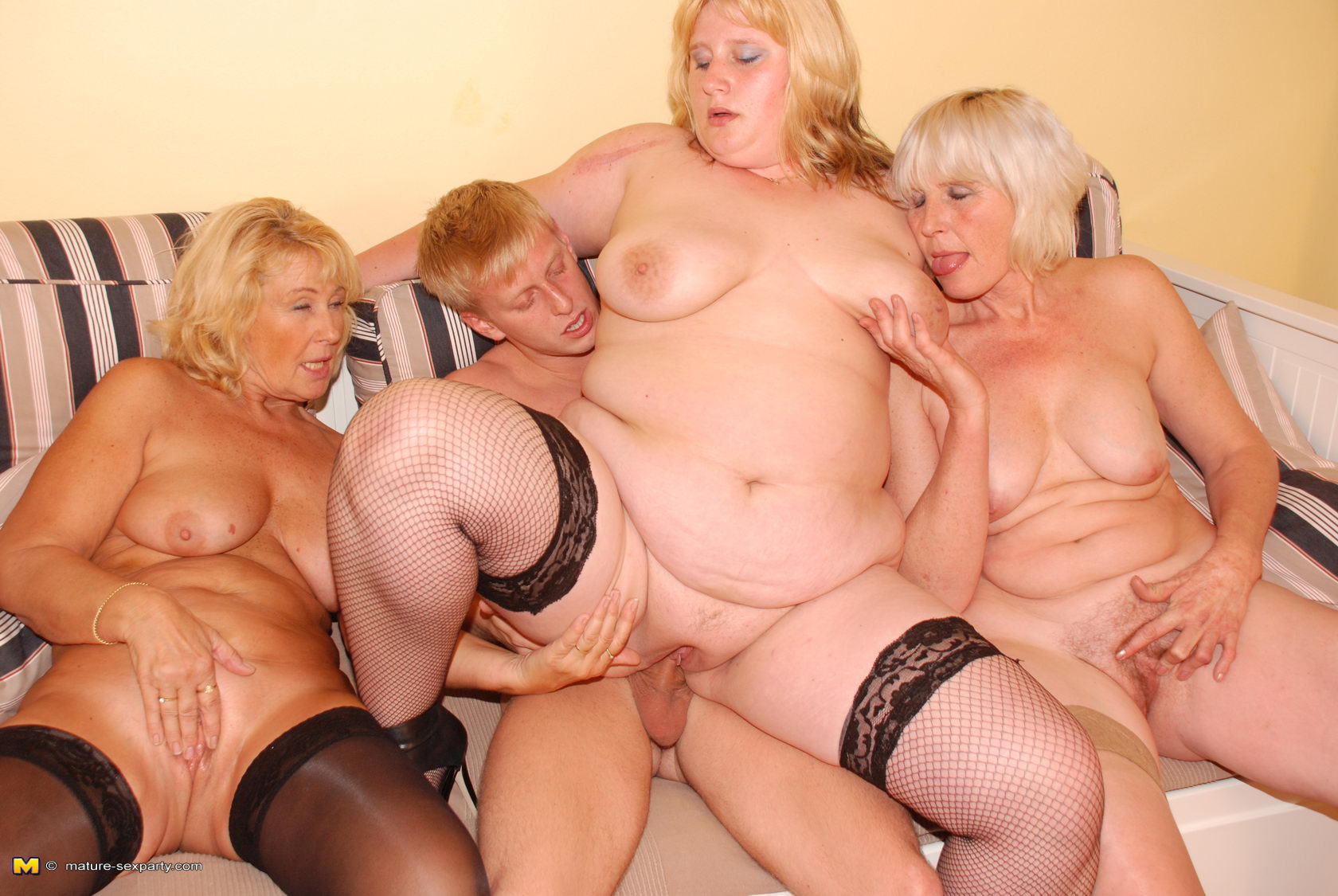 mature group sex com