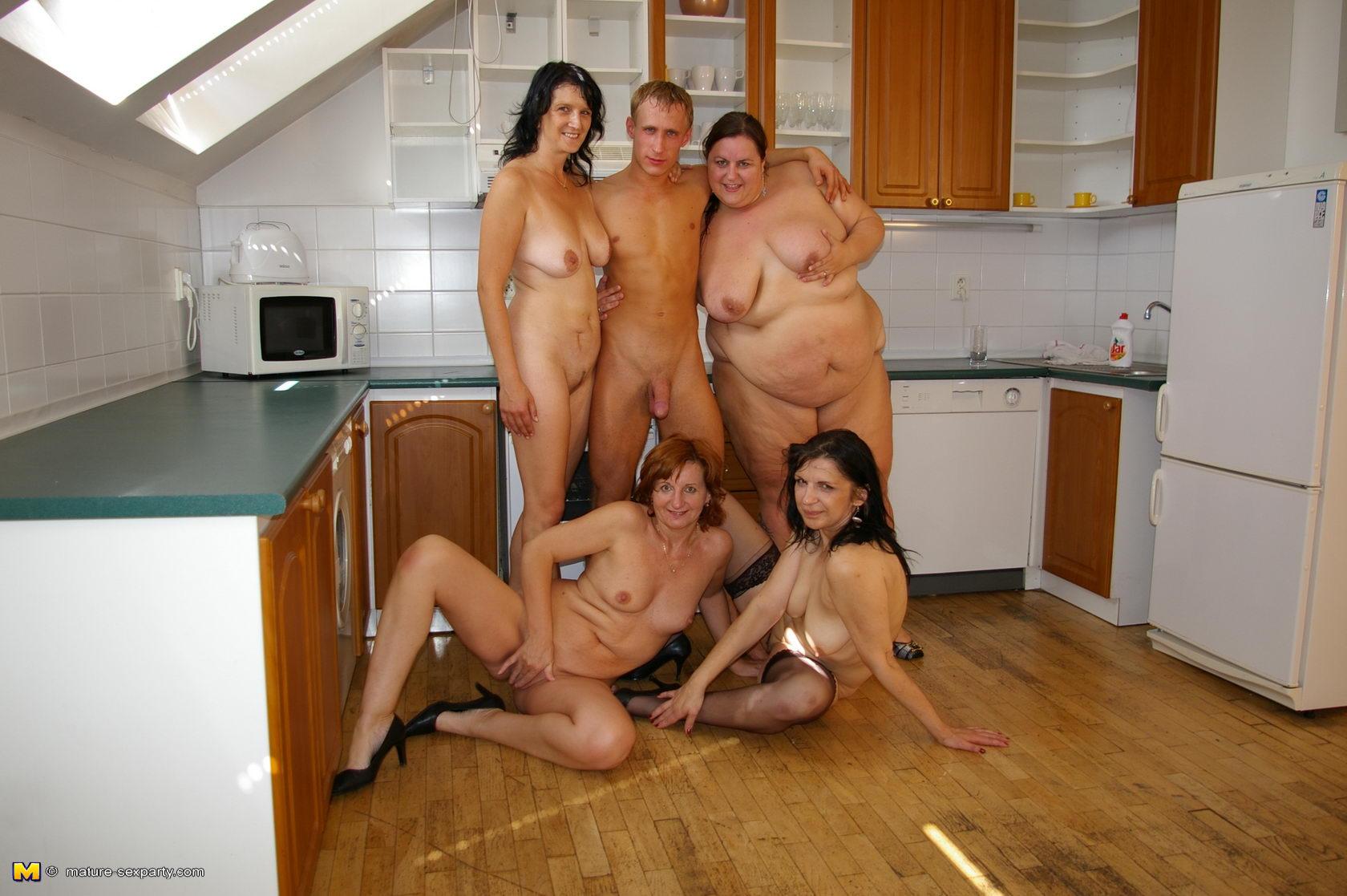 Секс с матюрами смотреть онлайн 16 фотография