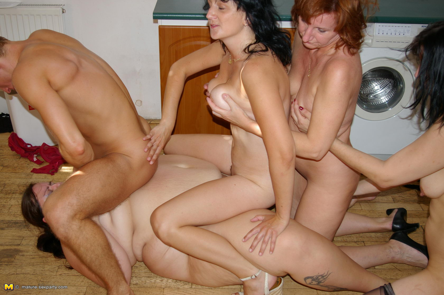 With Mature anal group xhampster