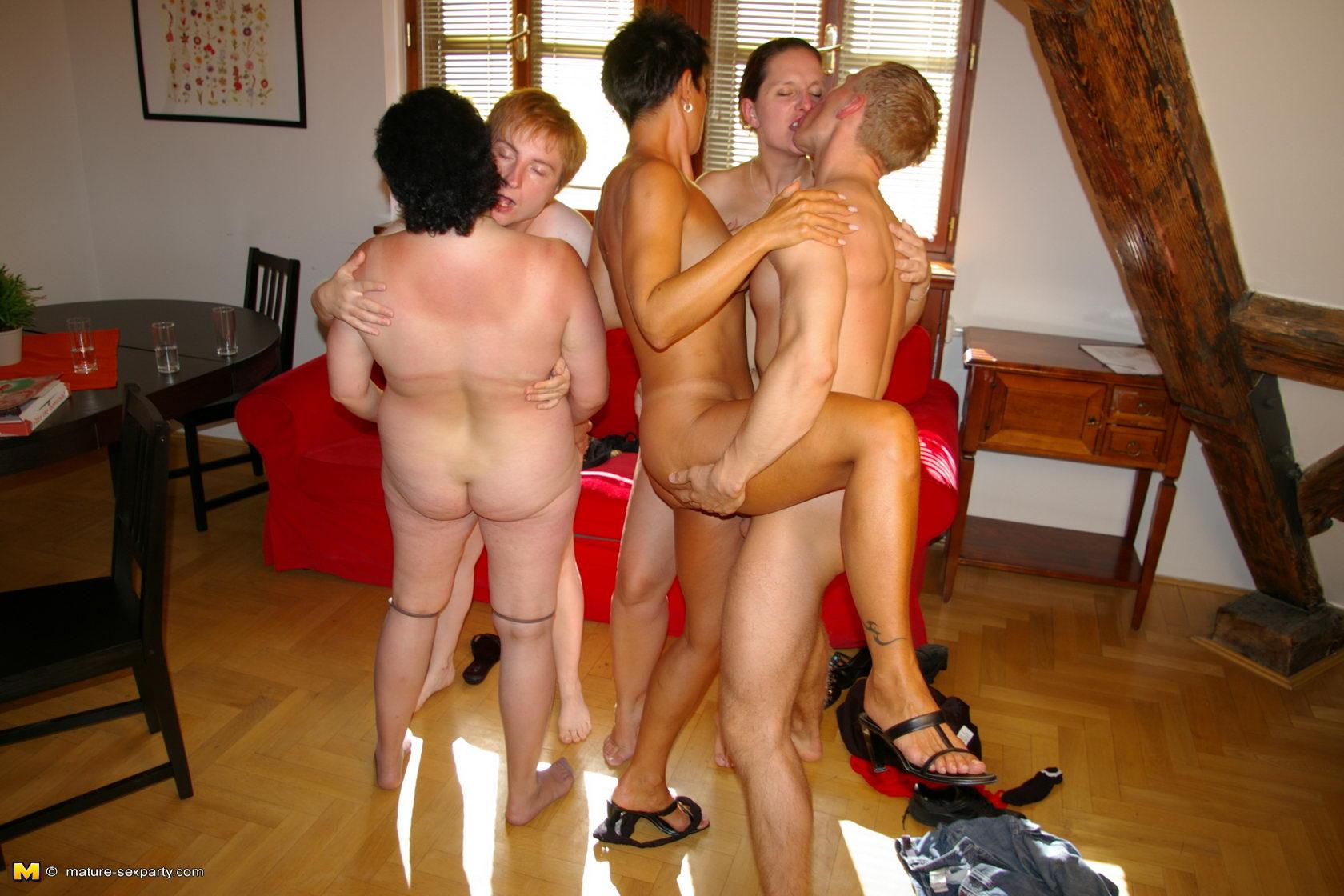 Секс развлечения зрелых пар 1 фотография