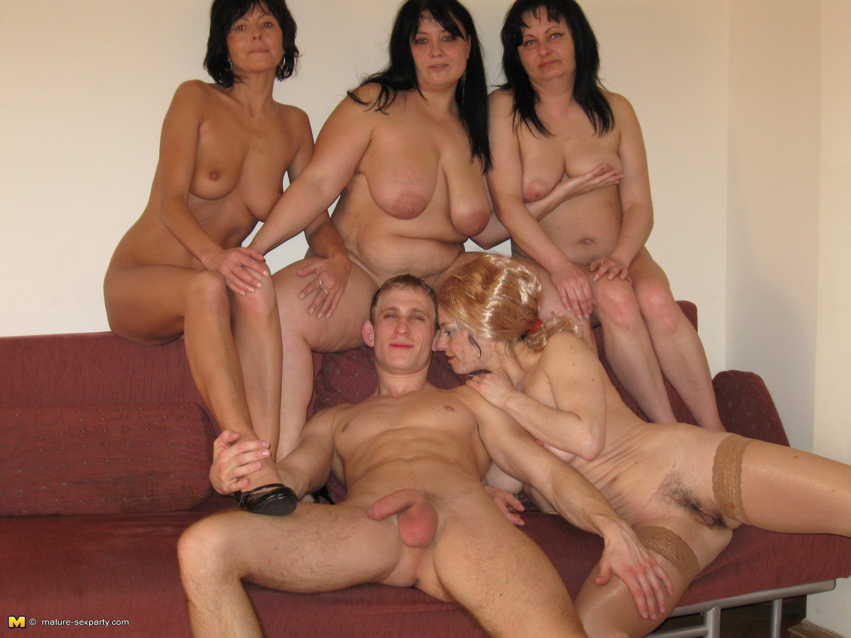 Mature anal group xhampster